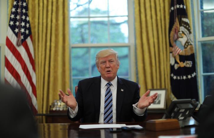 """Trump oo ka Digay Dagaal lagu """"Hoobto"""" Yirina Koonfurta Kuuriya iyo Sacuudiga ha Bixiyeen Kharashka lagu Difaaco"""