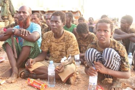Camay: Aaway Maxaabiistii Al-Shabaabka ee aan Federaalka iyo Hay'adda Elman ku Wareejinay?