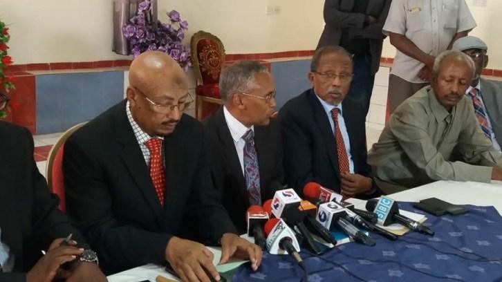 Cali Khaliif oo Somaliland ku Biiray iyo Qoraalka Heshiiska (dhegayso)