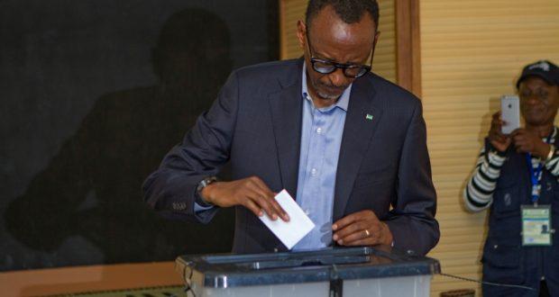 Paul Kagame oo Mar Kale Loo Doortay Madaxweynaha Rwanda