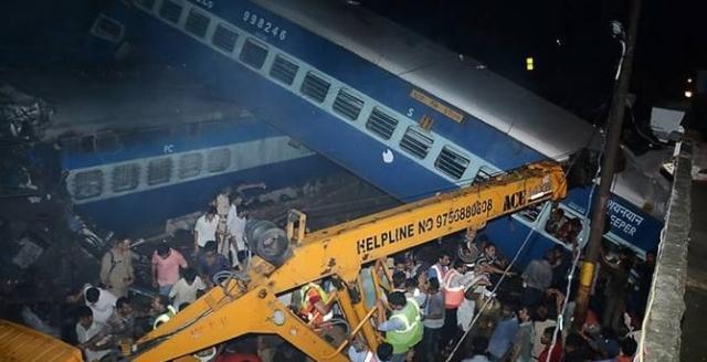 India Burbur Train; 20 Ruux Ayaa Dhimatay 80 Kalena Waa Dhaawac (Sawirro)