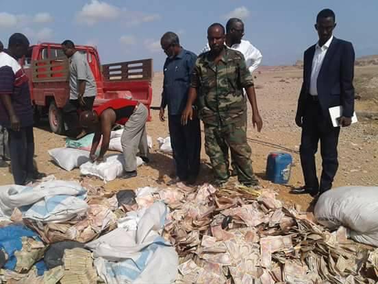 Puntland oo gubtay Lacago Shilling Somaali Been Abuur ah (Sawiro)