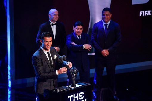 Xubintii Ciyaaraha: Cristiano Ronaldo waa Xiddiga FIFA (dhegayso)