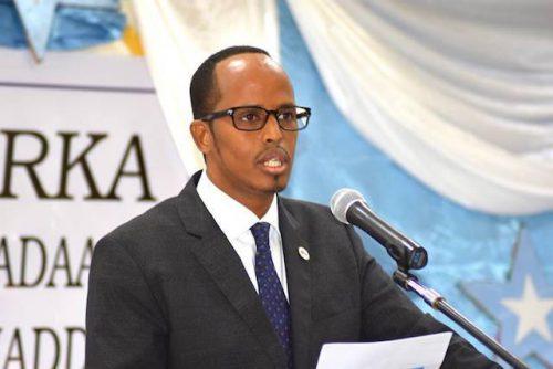 Gudoomiyaha Gobalka Banaadir oo Shacabka Somaliyeed Fariin u diray (dhegayso)