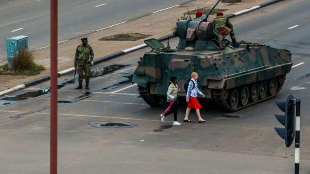 Madaxwaynaha dalka Zimbabwe oo xabsi gurri la geliyay