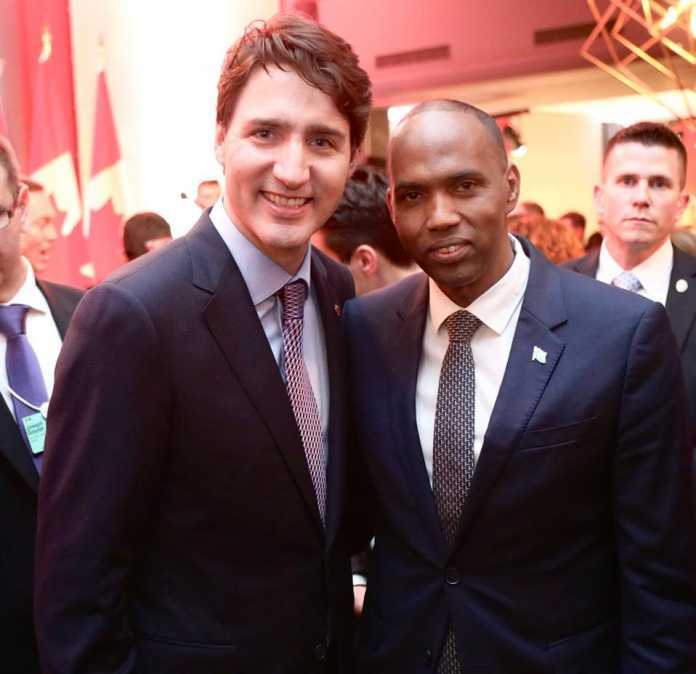 Raysal Wasaare Khayre oo kula kulmay Davos madaxda Canada iyo Rwanda