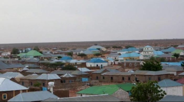 Maamulka Degmada Jariiban oo shir isugu yeeray Bulshada Degmadda (dhegayso)