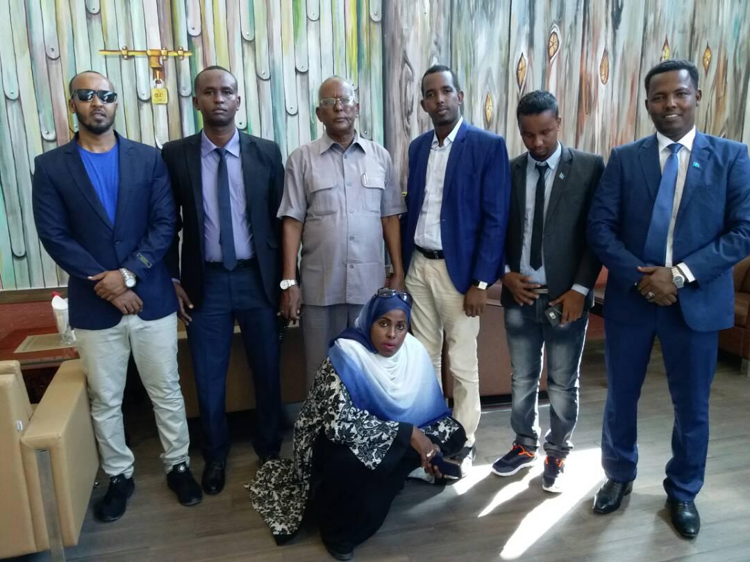 Saraakiil ka tirsan Hay'adda Socdaalka iyo Jinsiyadda DFS oo Tababar logu qaaday Tanzania