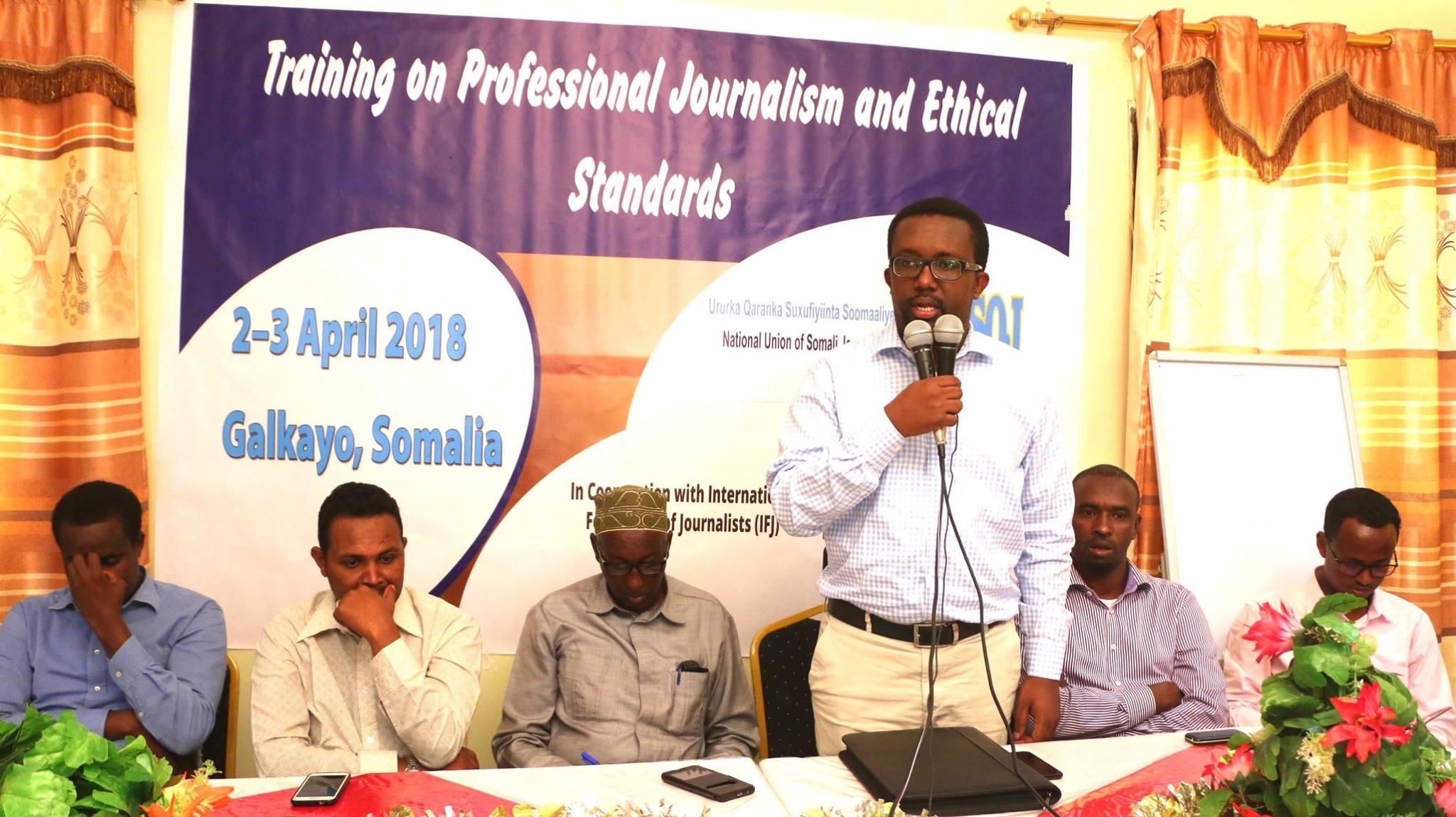 Ururka Saxafiiyinta Somaliyeed ee NUSUJ oo Gaalkacyo Tababar ugu qabatay 30 Wariye (dhegayso/Sawiro)