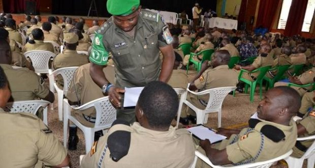 Ciidan ku biiraya AMISOM oo imtixaan ku galay Uganda