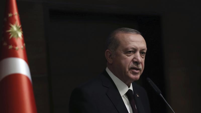 Turkiga oo xukun ku riday 104-sarkaal oo damacsanaa inqilaab ay ku sameeyaan Erdoga