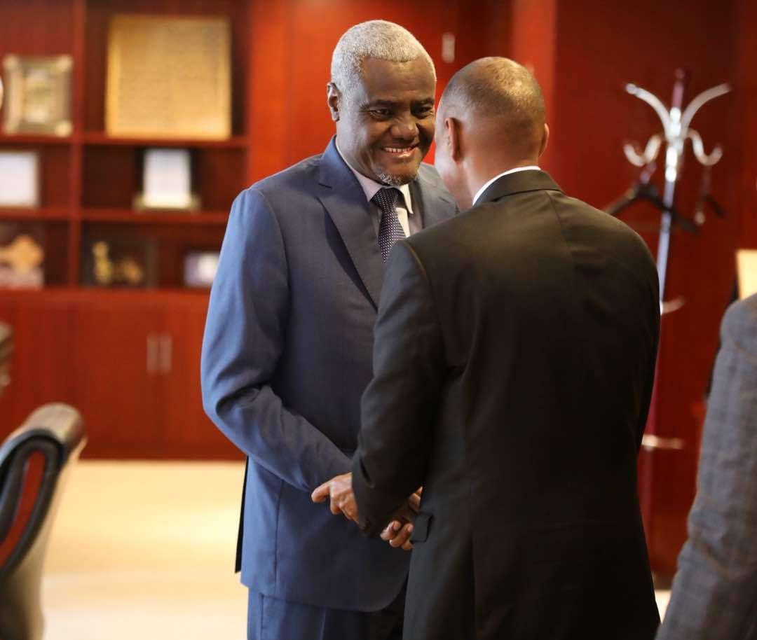 Ra'iisul Wasaare Khayre oo la kulmay Moussa Faki Mahamat