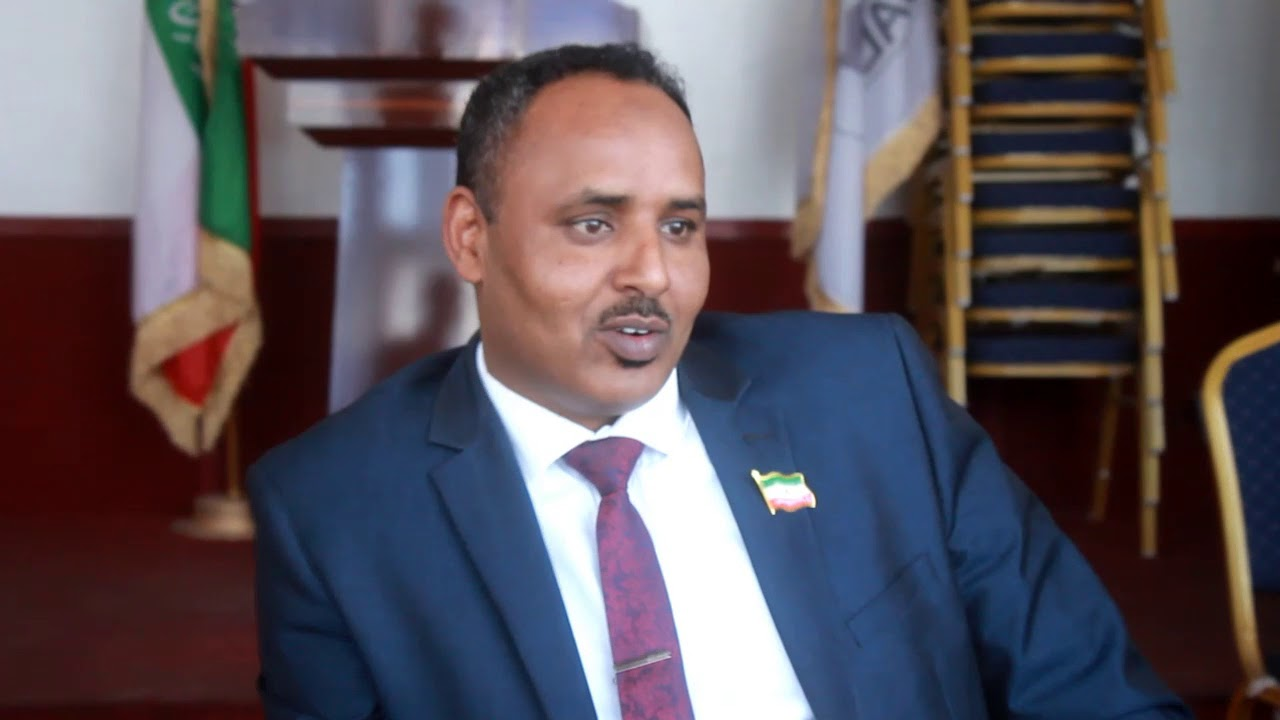 Wasiirkii Gaashaandhiga Somaliland oo waraysi Daljir xilkii ku waayey (dhegayso | daawo)