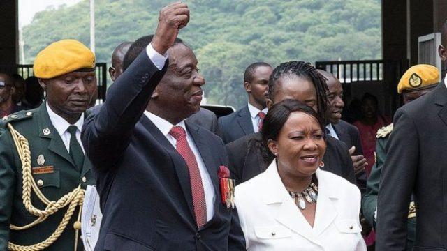Madaxweynaha Dalka Zimbabwe oo Qarax ka badbaaday