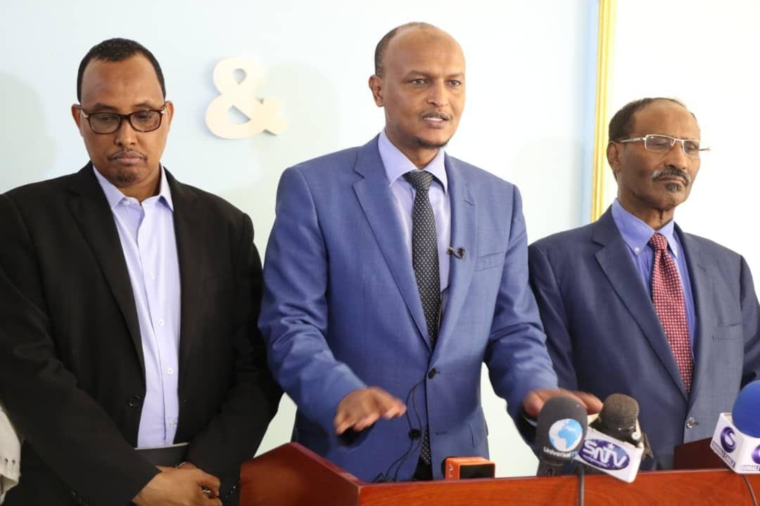 Dowladda Faderaalka oo Hal Milyan oo doolar ugu deeqday Somaliland (dhegayso)