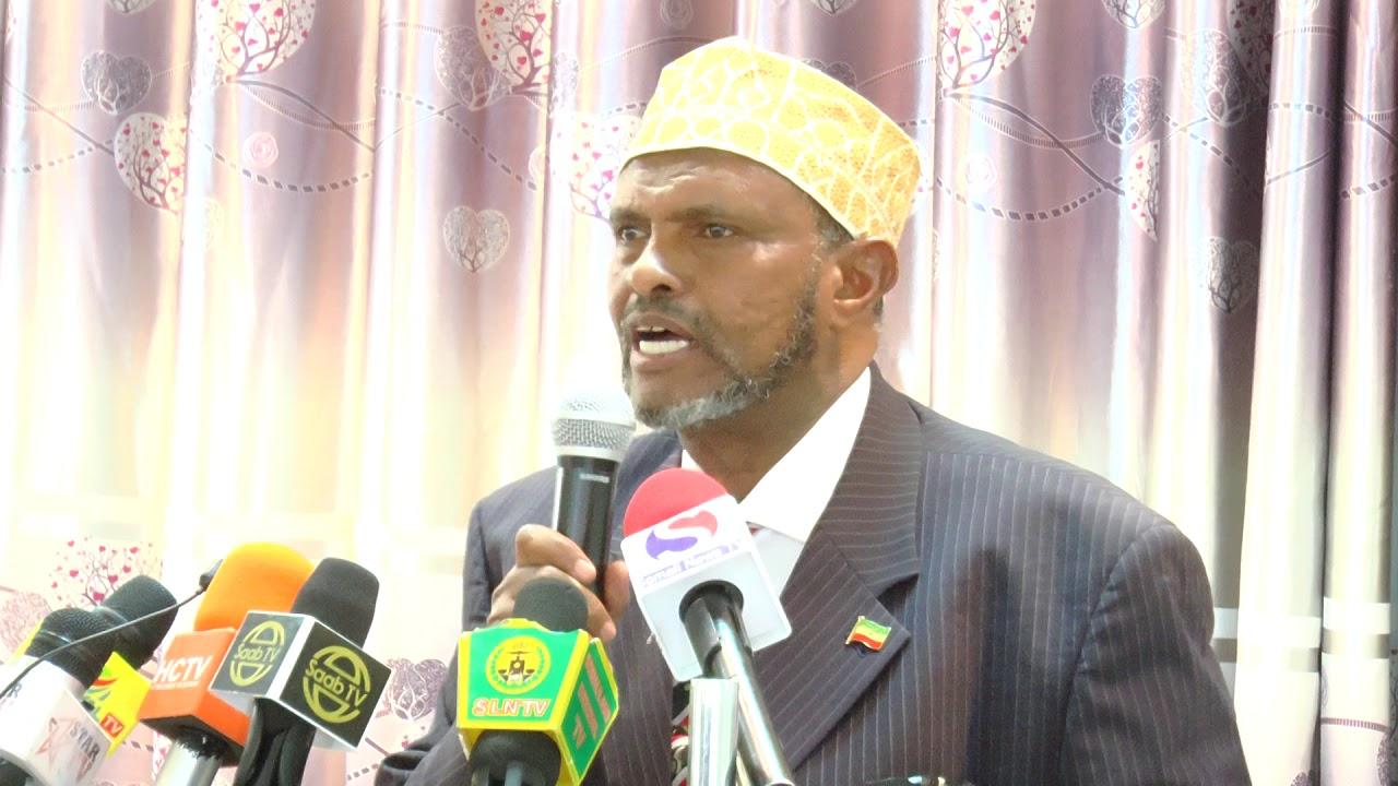 Madaxwayne kuxigeenkii hore Somaliland oo ka hadlay gadoodka sarkaalka Caare ee Qardho (dhegayso)
