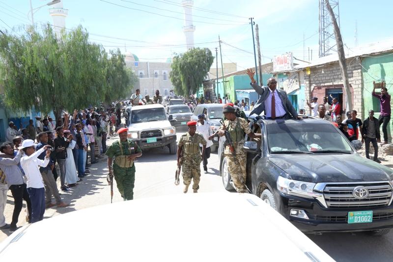 Madaxweynaha Somaliland oo Ceerigaabo gaaray (Warsaxafadeed)