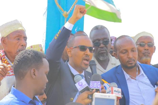 Musharrax Cali Xaaji Warsame oo Nairobi u dhoofay  (Daawo)