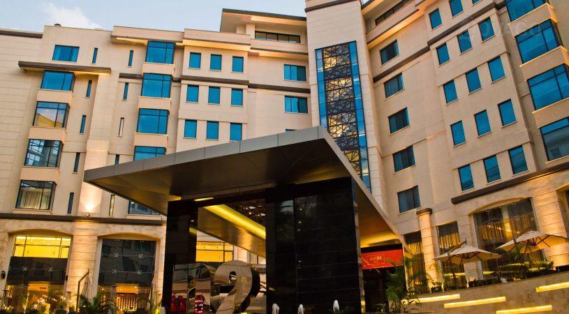 Weerar lagu qaaday hoteel ku yaala West land Nairobi