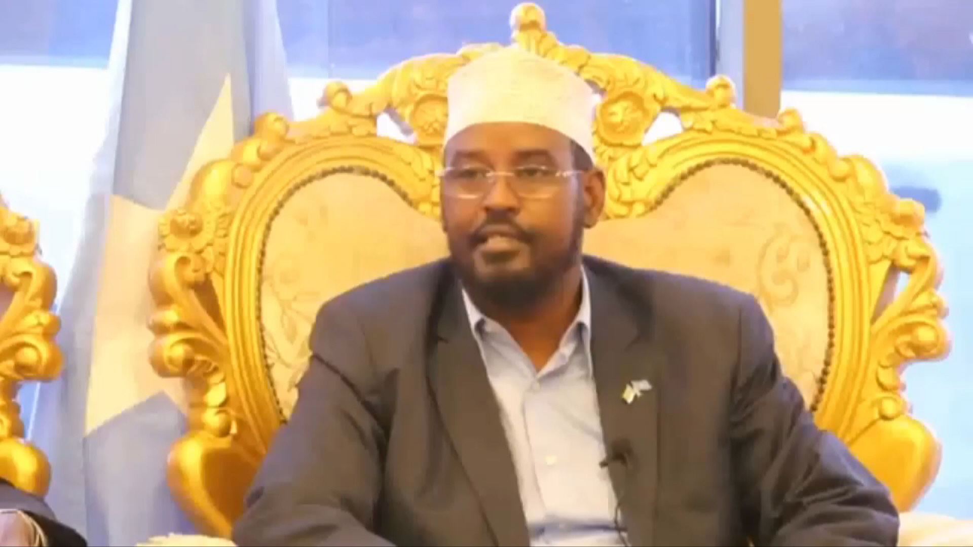 Madaxweynaha Jubbaland oo kawarbixiyeey safarkiisa Muqdisho (Daawo)