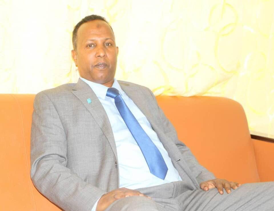 """Siyaasi Qurbaawi: """" Badhan Isbaara u taal Somaliland sababta looga qaylinayo Yube maxay Tahay? (dhegayso)"""
