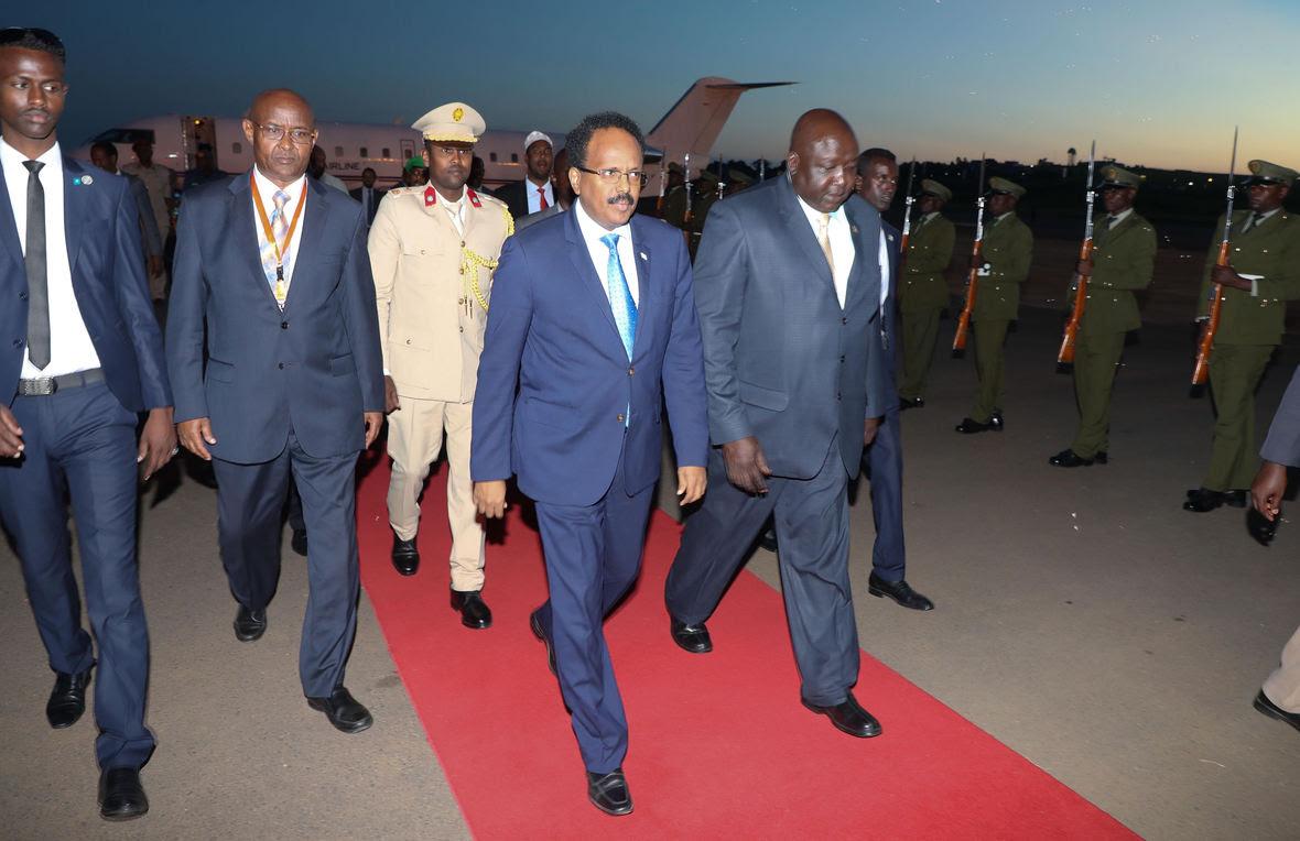 Madaxweyne Farmaajo oo ka qaybgalaya shirka Kampala ee nabadda, isdhexgalka iyo kobcinta dhaqaalaha Afrika