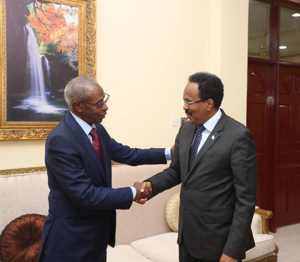 Madaxweyne Farmaajo oo qaabilay Wasiirka Arrimaha Dibadda Eritrea (Sawiro)
