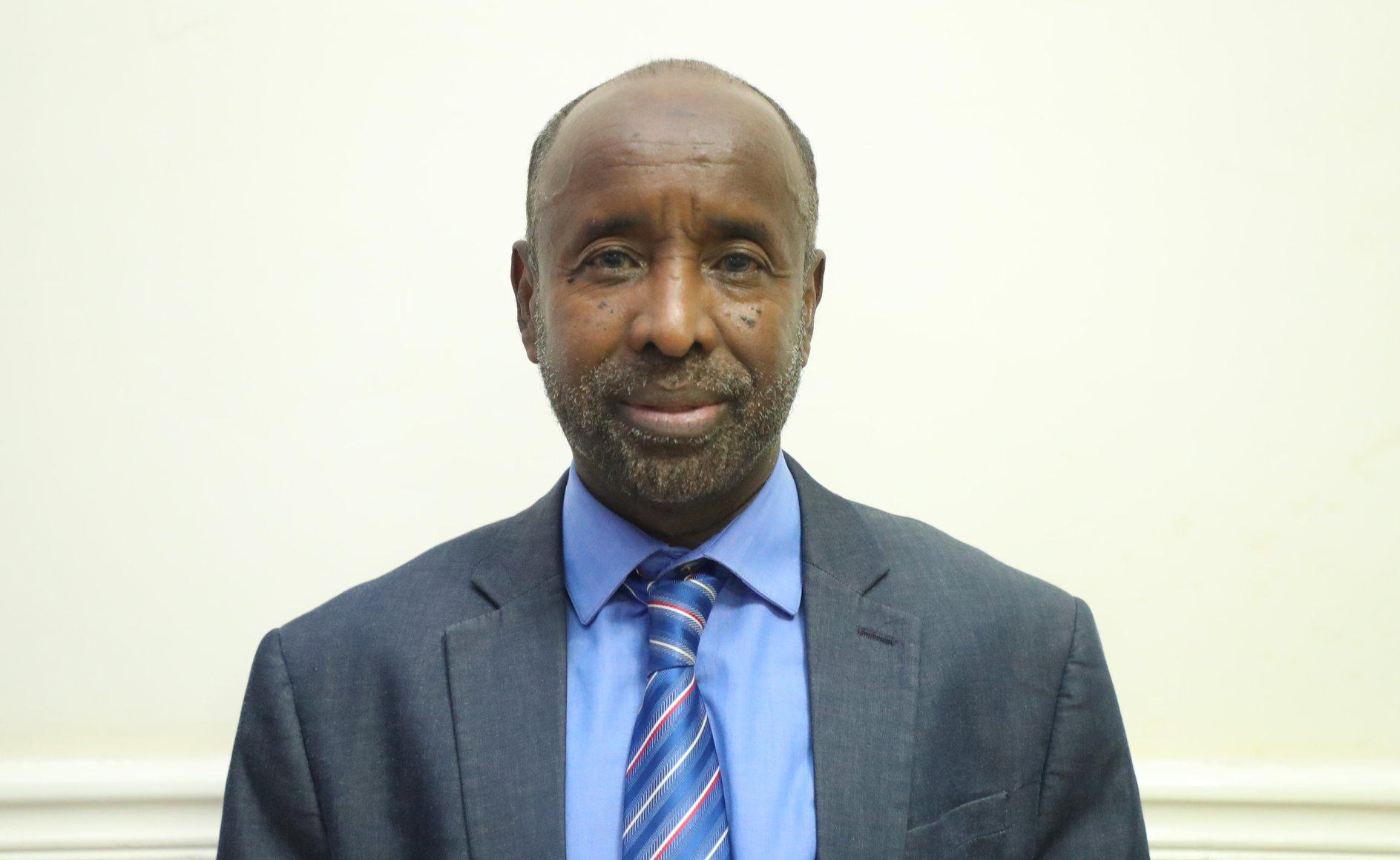 Madaxweyne Farmaajo oo Dr. Nuur Diiriye (Fuursade) u magacaabay Agaasimaha Guud ee Madaxtooyada JFS