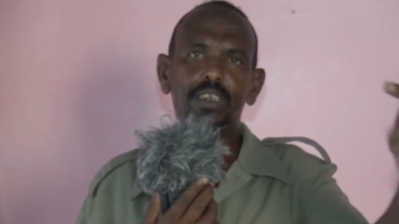 """Siyaasi Qolombi: """" Somaliland inay xusuuqdo shacabka Sanaag Puntland aya sahashay """" (Daawo)"""
