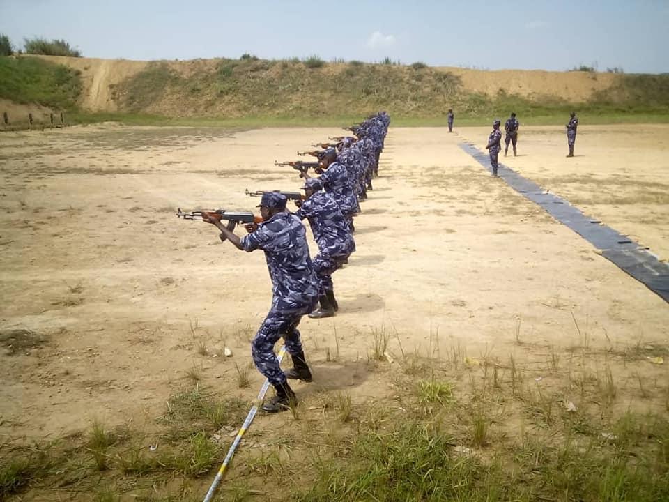 Uganda oo ciidamo hor leh u soo diraysa Soomaaliya (Sawiro)