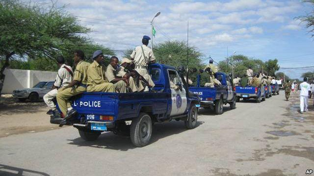 Tirada Ciidamada  Somaliland ee dhagaxa lagu dilay oo ka badan toban qof (daawo)