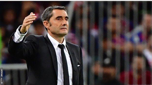 Barcelona oo Iska Erisay Tababare Ernesto Valverde