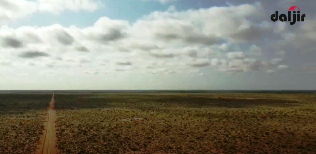 QANSAXLEY, Inta u dhexaysa Baxdo & Cadaado: REER Guuraaga & Xilli Roobaadka