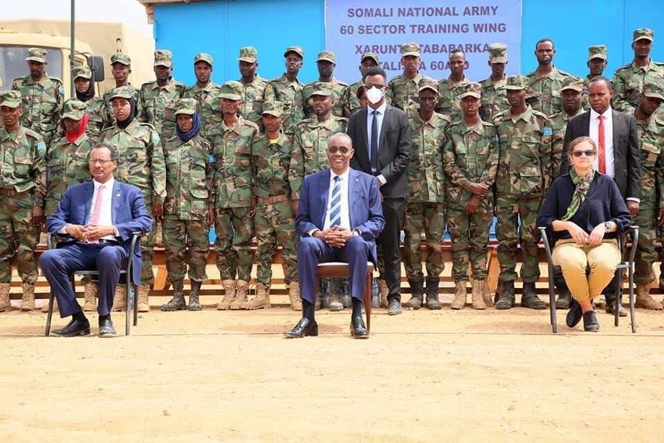 Somalia: 100 Somali National Army personnel graduate from British led training exercise