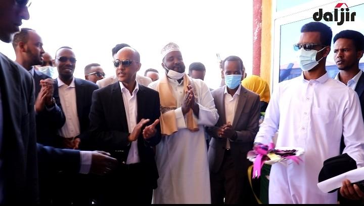 JIGJIGA: Madaxweyne Mustafe Muxumed Cumar oo maanta xadhiga ka jaray Xarun Kaliyaha lagu sifayn doono (daawo)